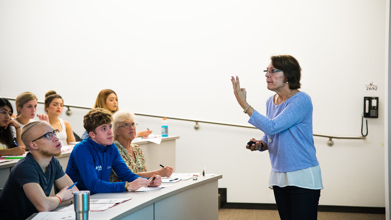 Dr. Cherie McCollough gives her lecture to student in Biology II class