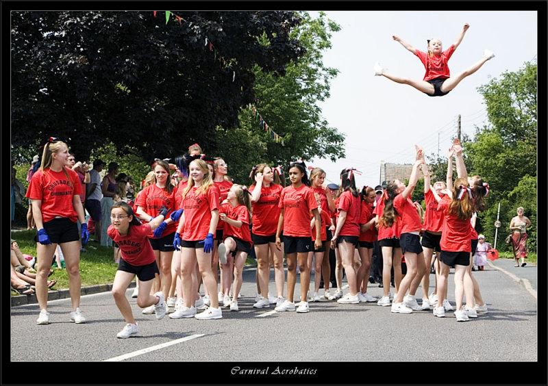 More Carnival acrobatics (80229344).jpg