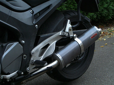 Superpole exhaust