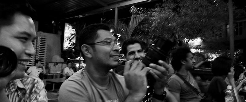 090708 KLickr Meetup 6 - Fancy my Canon?  Ni aku boleh beli kalau aku nak .....