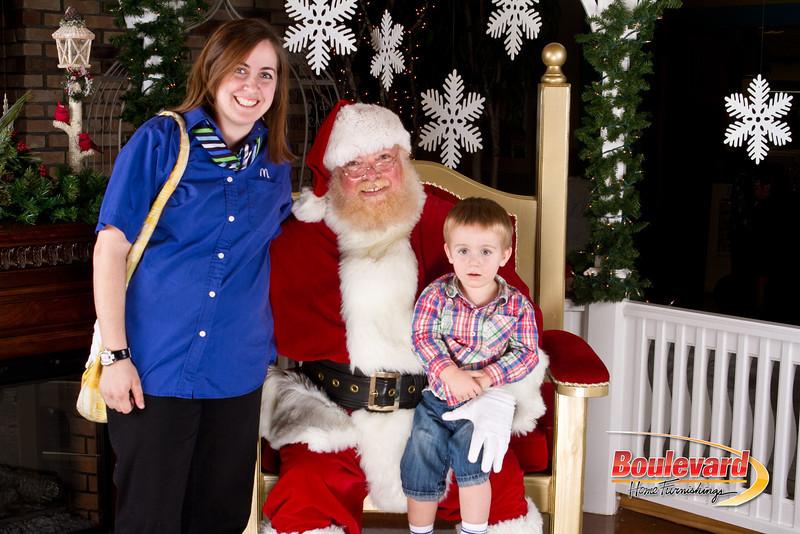 Santa Dec 8-233.jpg
