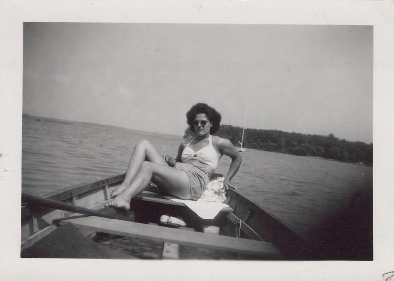 1945 Eileen Konyh.jpeg