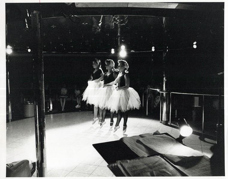 Dance-Trips-Greece_0299_a.jpg