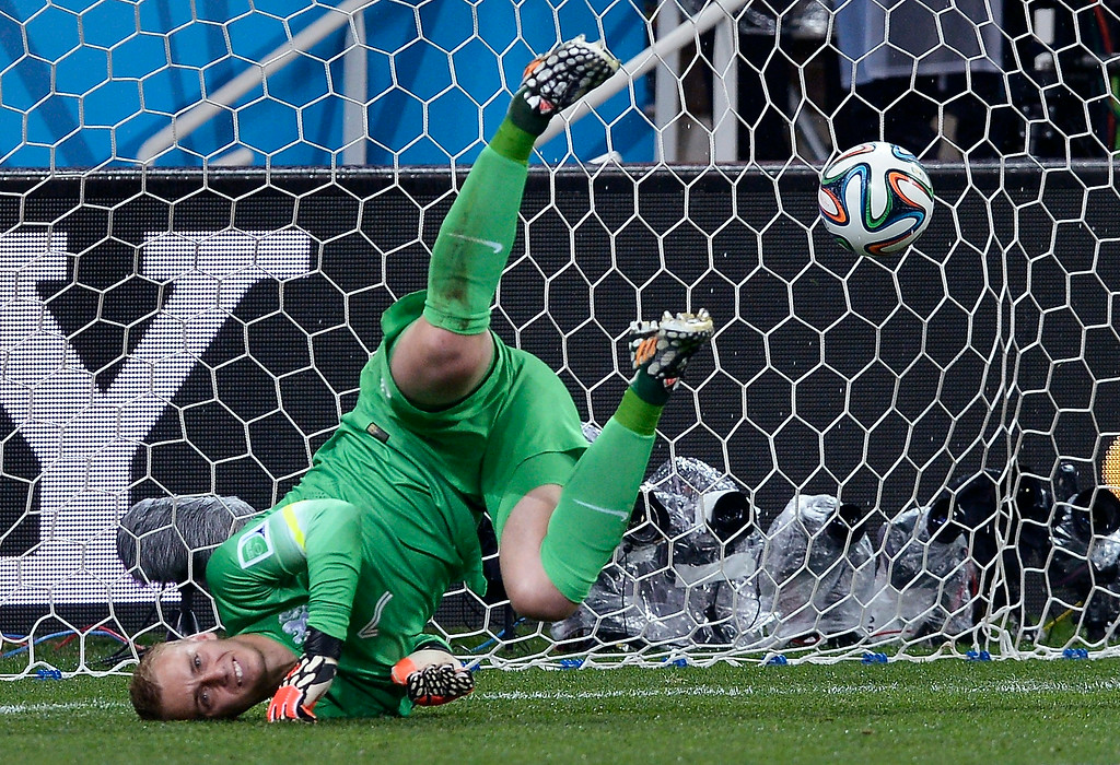 . Netherlands\' goalkeeper Jasper Cillessen fails to make a save in a shootout at the end of the World Cup semifinal soccer match between the Netherlands and Argentina at the Itaquerao Stadium in Sao Paulo Brazil, Wednesday, July 9, 2014. Argentina won 4-2 on penalties after the match ended 0-0 after extra time.  (AP Photo/Manu Fernandez)