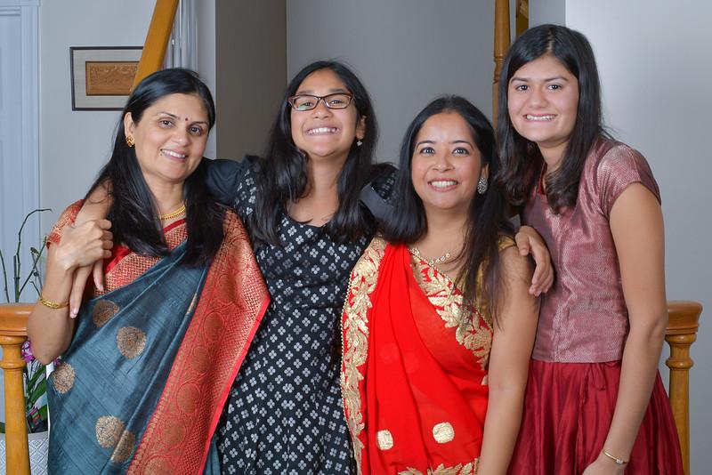 Savita Diwali E2 1500-80-5132.jpg
