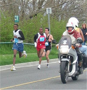2003 Times-Colonist 10K - The top-3 and Chris Paul's motorcycle