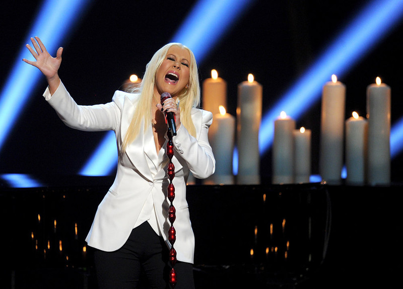 . Singer Christina Aguilera performs onstage at the 39th Annual People\'s Choice Awards  at Nokia Theatre L.A. Live on January 9, 2013 in Los Angeles, California.  (Photo by Kevin Winter/Getty Images for PCA)