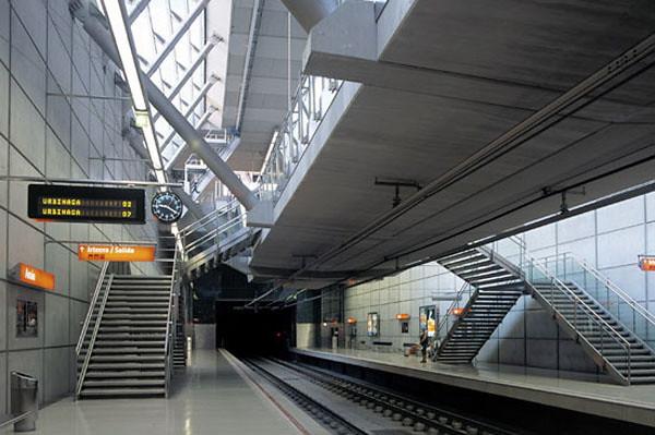Bilbao Metro..jpg