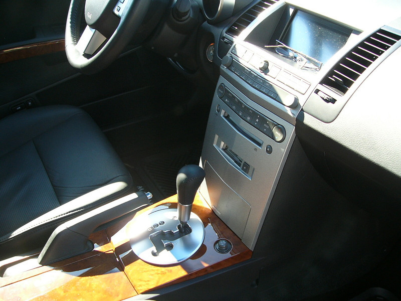 Nissan Maxima SL - 7.JPG