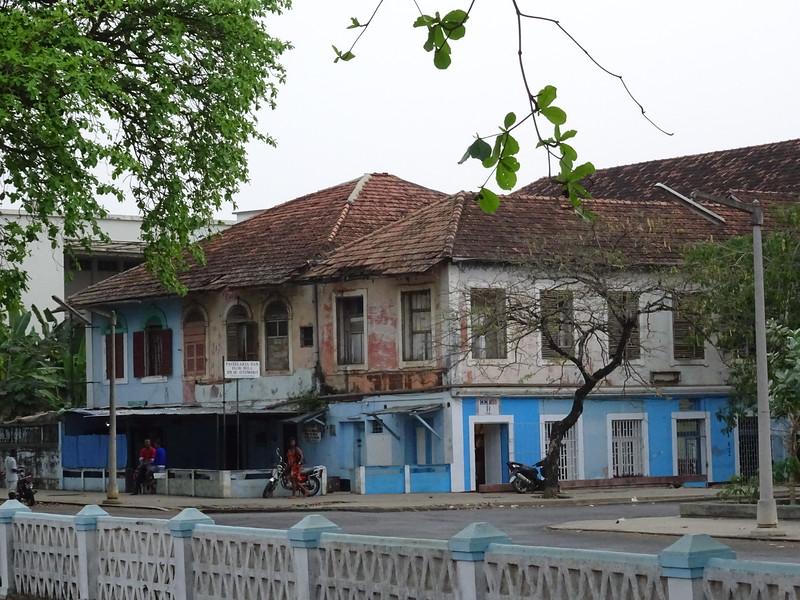 012_Sao Tome Island. Colonial Building.JPG
