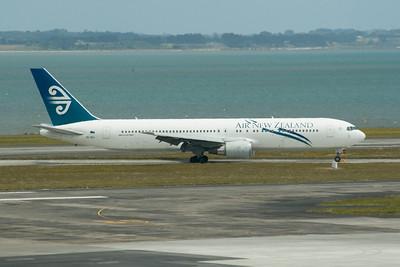 Air NZ - NZ105 AKL-SYD (2009)