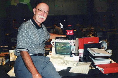8-30-2000 Joe Hensley gives up AS-400 CRT for PC