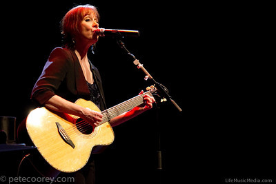 Suzanne Vega + Seth Lakeman @ Brisbane Powerhouse, Brisbane - April 15, 2014
