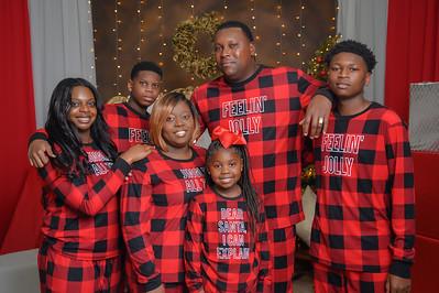 The Brown Family Christmas 2020 - Bracelet