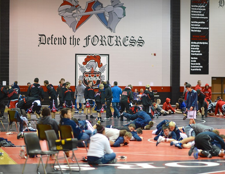 Weber High School Hosts Warrior Duels Wrestling