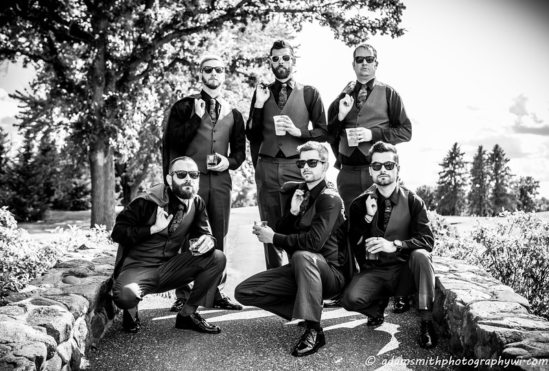 lake_wissota_wedding_preview_groomsmen-1.jpg