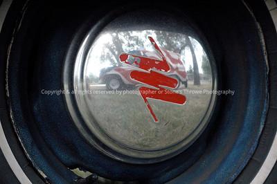 016-hubcap_reflection-nlg-17jun06-0141