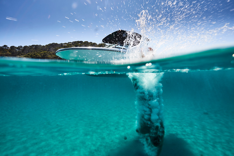 2020-SPX-190-ob-lifestyle-underwater (5).jpg