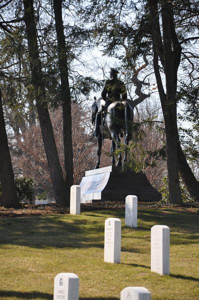 Arlington Cemetery Photo Walk 310.jpg