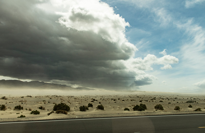 Owens-Valley-dust-storm-cloud2April7-2017.jpg