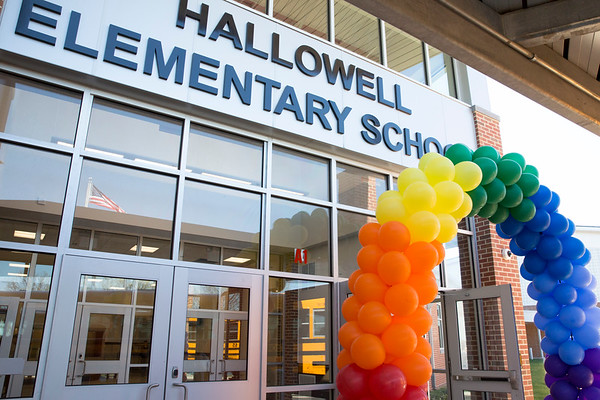 04_19_17 New Hallowell Elementary opens