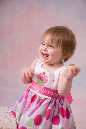 Ryleigh's First Birthday Portraits