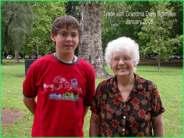 00008zh-07-1-8 092.Tyson with Granma Jamn08.jpg