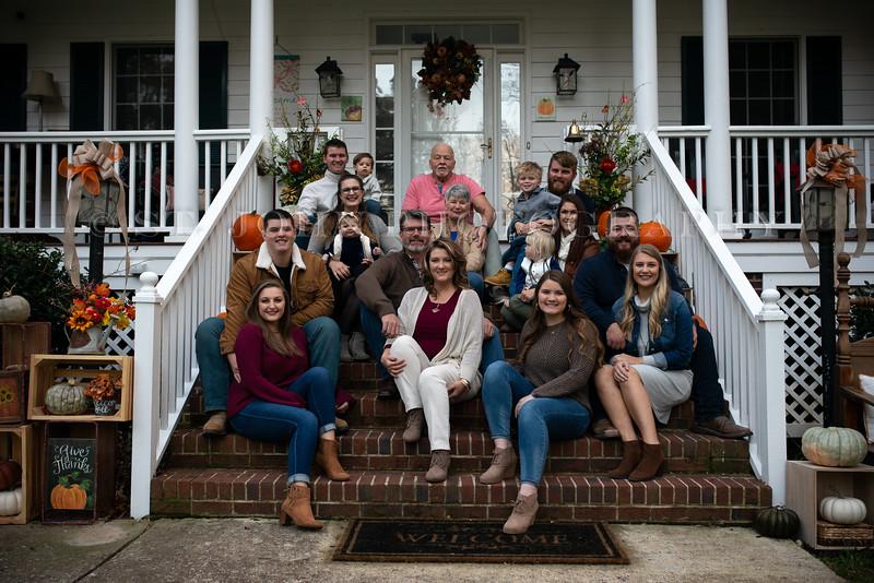 2019 November Ellis Family-42-257.jpg
