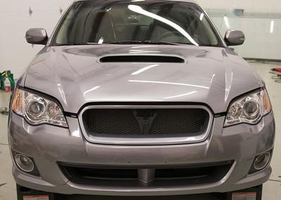 2008 Subaru Legacy Full Front Bra