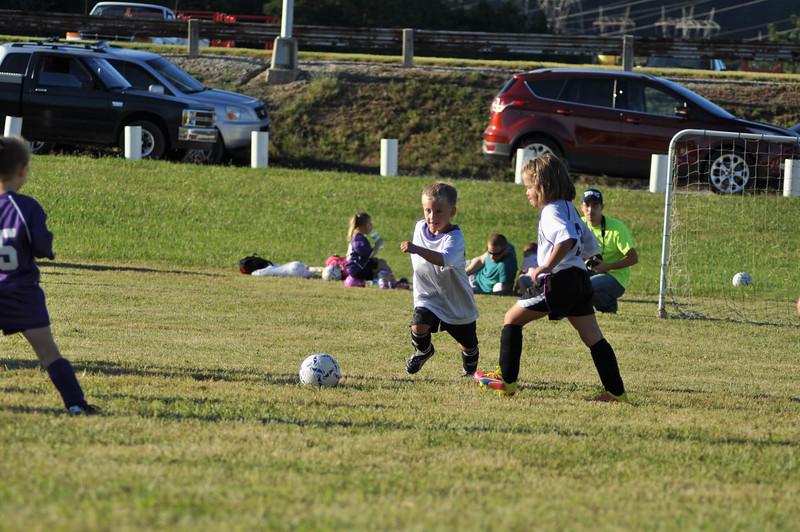 ayso-soccer-game2-0581.jpg