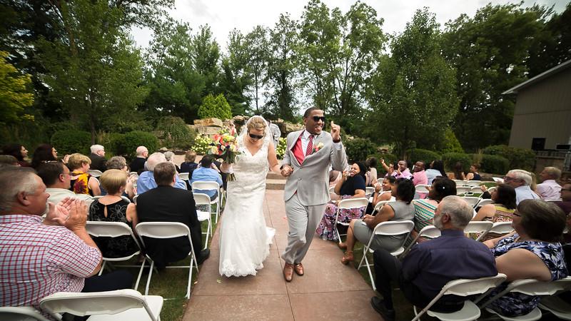 Laura & AJ Wedding (0834).jpg