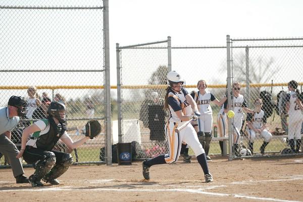 HLWW softball 4-17