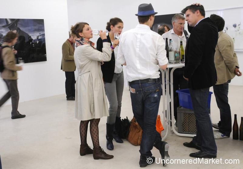 Wine Tasting in Art Galleries - Berlin, Germany