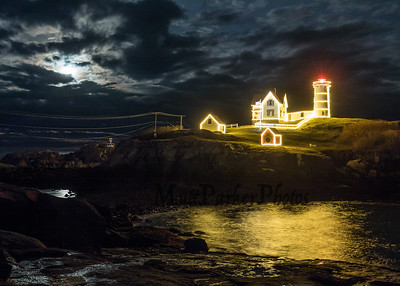 2018-11-24 Lighting of the Nubble Lighthouse
