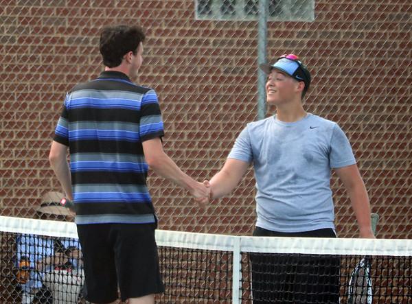 Western boys tennis battles Turner Ashby 2018