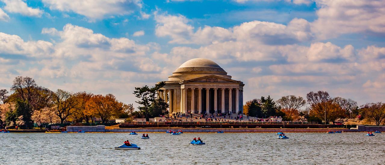 美国华盛顿,隔湖相望