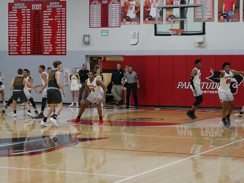 2018_Jan_15_Varsity_Boys Basketball_v_Speedway - 22.jpg
