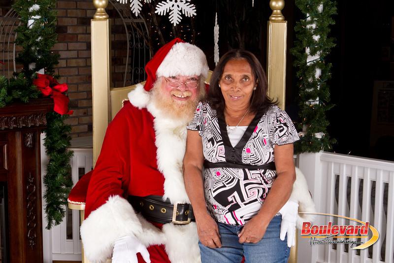 Santa Dec 8-167.jpg