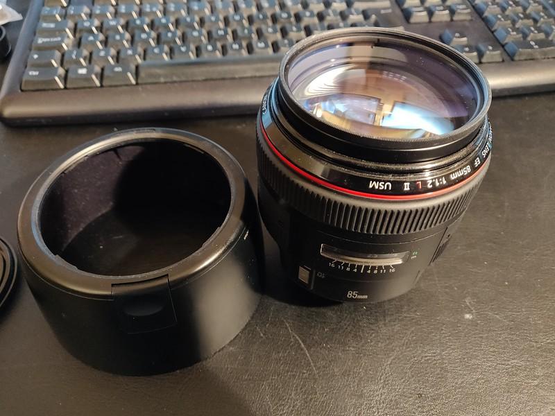 Canon EF 85mm 1.2 L II USM - Serial UY0909 004.jpg