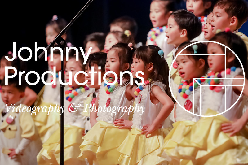 0014_day 1_yellow shield_johnnyproductions.jpg