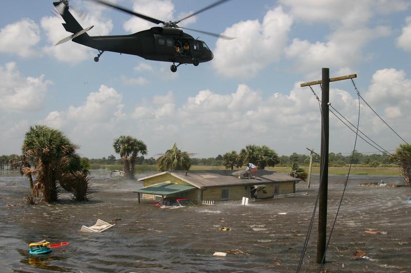 Sikorski helicopter-135.JPG
