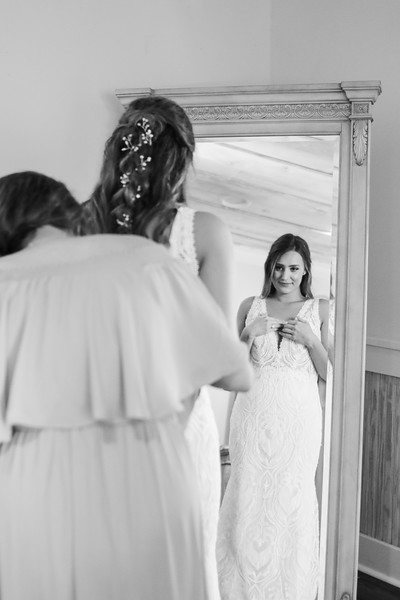 Elegant-Southern-Coastal-Wedding-Neutral-And-White-Details-Photography-By-Laina-Dade-City-Tampa-Area-Wedding-Photographer-Laina-Stafford--27.jpg