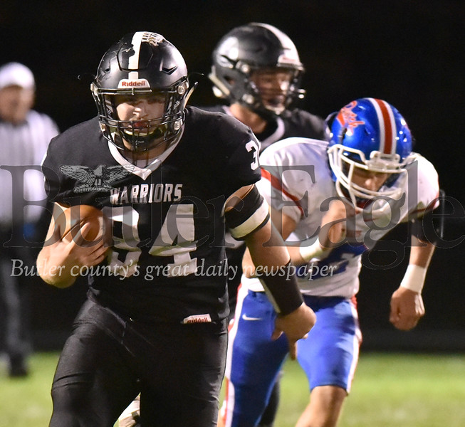 82476 Moniteau vs St.Mary's district 9 football at Moniteau