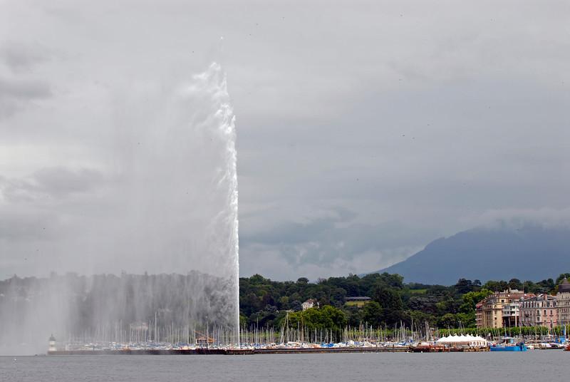 070626 7416 Switzerland - Geneva - Downtown Hiking Nyon David _E _L ~E ~L.JPG