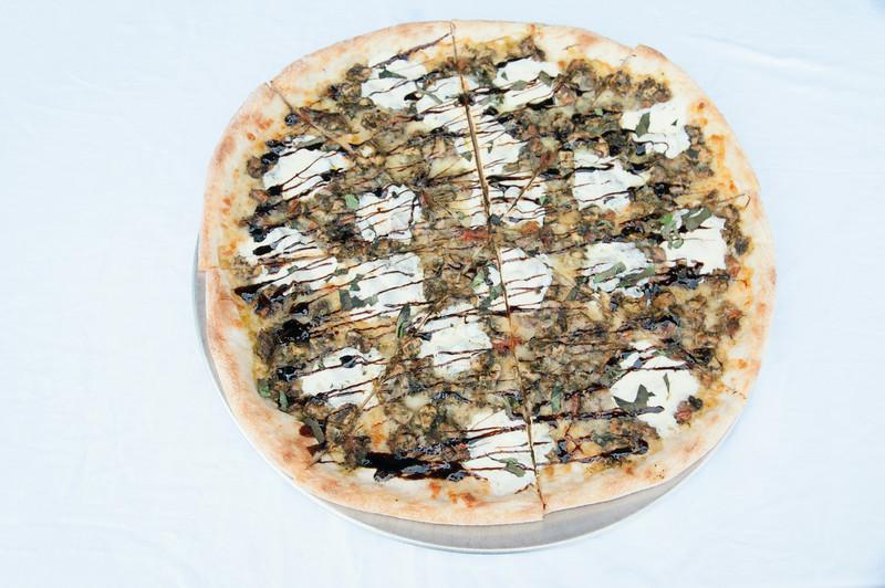 alforno_new rochelle_Chicken Pesto Pizza.JPG