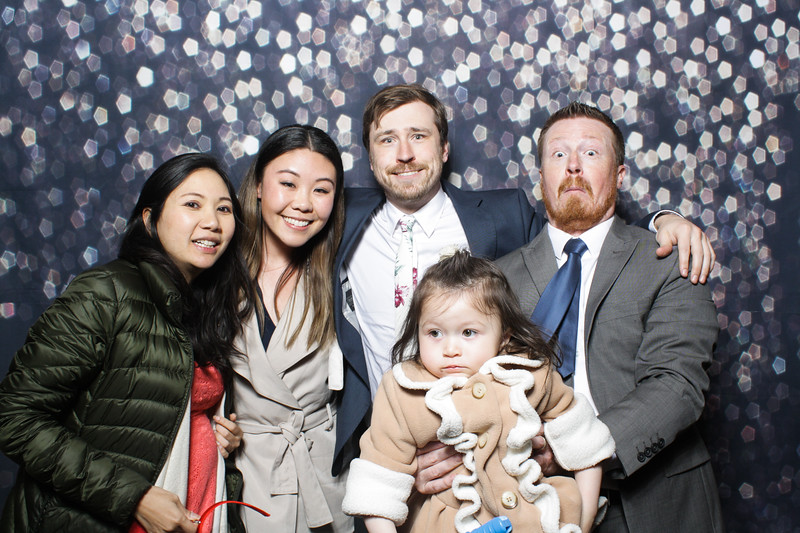 SavannahRyanWeddingPhotobooth-0028.jpg