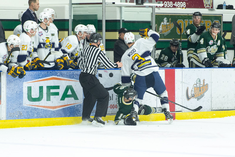 Feb 15 Oilers vs Spruce Grove 0595.JPG