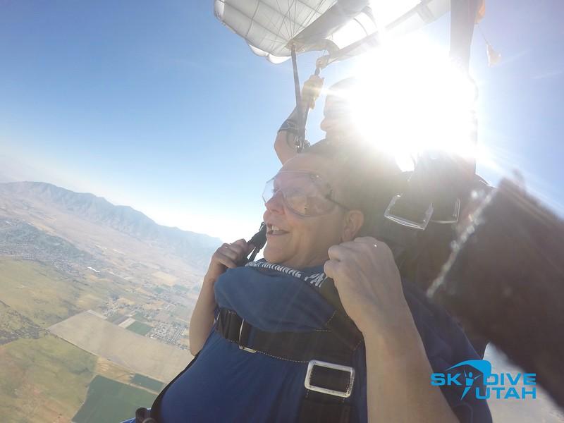 Lisa Ferguson at Skydive Utah - 73.jpg