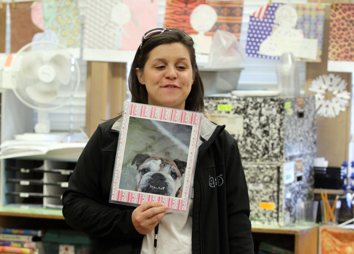 """. Anya Pamplona, Humane Advocate for the East Bay SPCA, tells stories about the different animals she has met through the SPCA to Sylviane Cohn\'s 2nd/3rd grade class at Joaquin Miller Elementary School in Oakland, Calif. on Feb. 15, 2013. Pamplona brought a shelter cat and invited a dog from the P.A.L.S. program to visit the class as part of the \""""Drive to Thrive\"""" program. (Laura A. Oda/Staff)"""