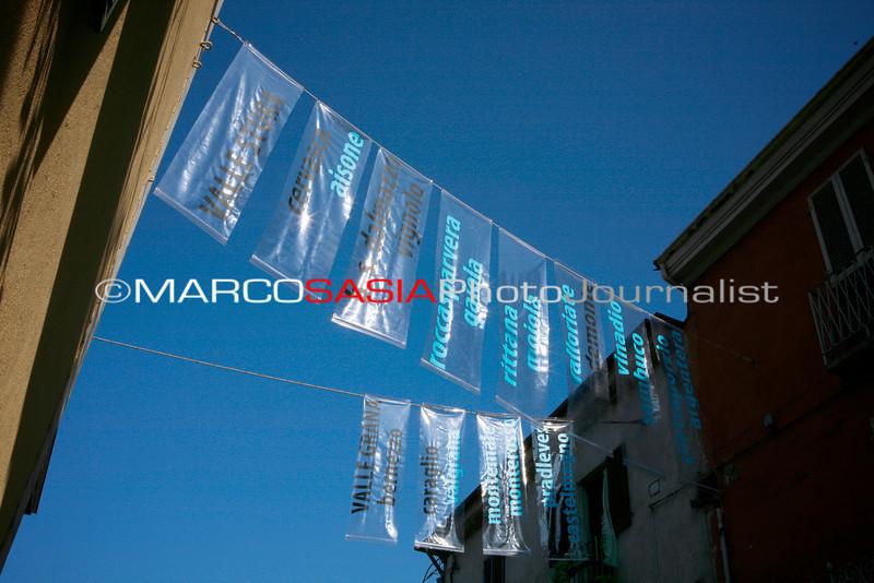 0024-ZooArt-02-2012.jpg